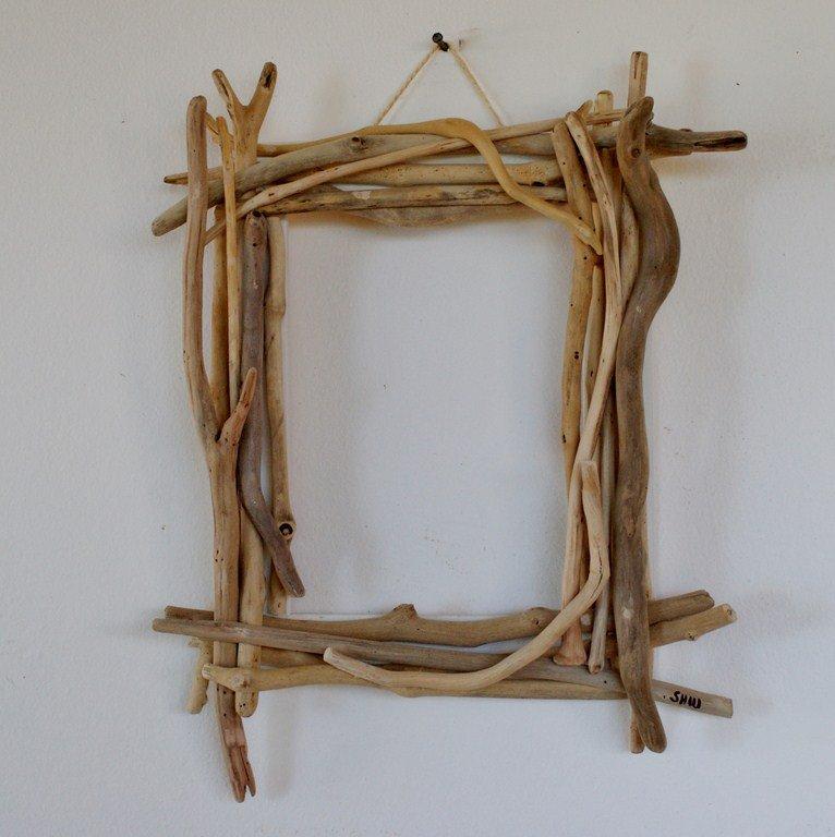 Pour les amateurs de bois flott la cabane nature for Cadre photo en bois flotte