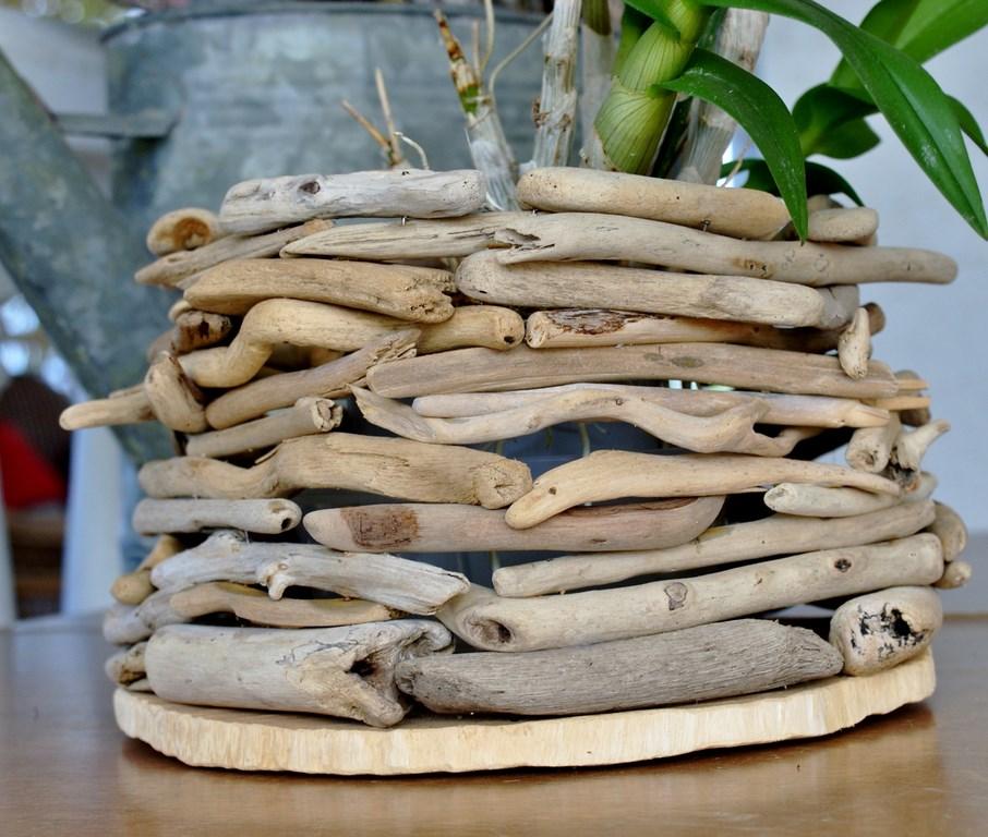 Cache pot en bois flott la cabane nature for Les bois flotte de sophie
